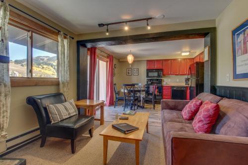 Peak View Condo -  Vacation Rental - Photo 1