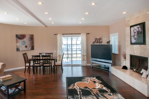 Del Mar Turf & Surf  -  Vacation Rental - Photo 1