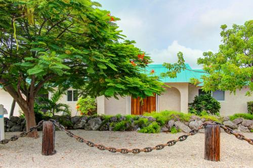 Dolphin Retreat -  Vacation Rental - Photo 1