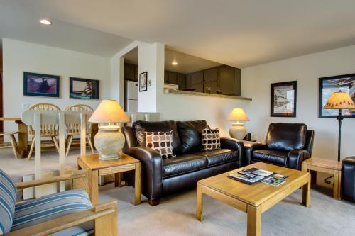 Snowcreek Soirée - Comfort and class under Dollar Mountain -  Vacation Rental - Photo 1
