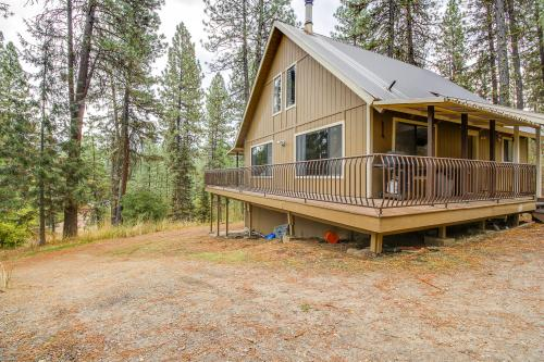 The Huckleberry House - Garden Valley, ID Vacation Rental