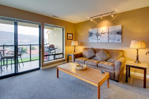 Lake Chelan Shores: A Lakeside Spectacular (#17-10) -  Vacation Rental - Photo 1