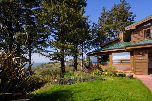 Sahhali Ocean Vista House - Neskowin, OR Vacation Rental