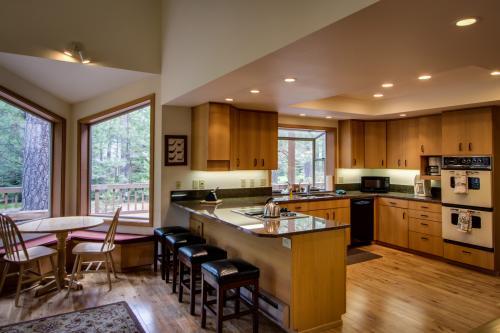 Black Butte Ranch Glaze Meadow Retreat - Black Butte Ranch Vacation Rental