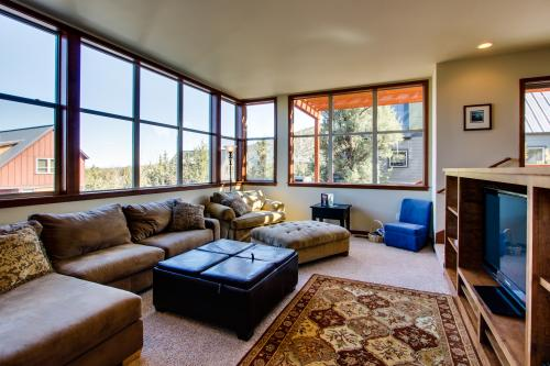 Eagle Crest Modern, Bright & Panoramic Views - Eagle Crest Vacation Rental