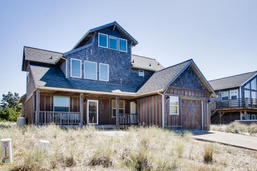 Dory Days Beach House - Pacific City Vacation Rental