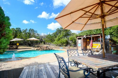 The Cottage at Whitetail Ridge Retreat - Dripping Springs, TX Vacation Rental