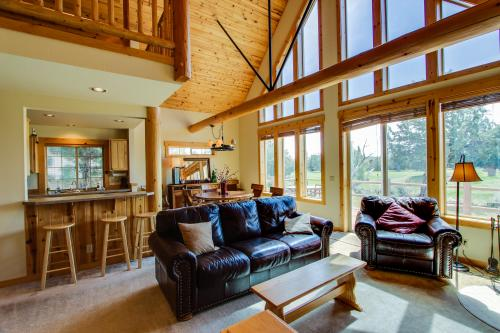 Eagle Crest Ridge Cabin - Eagle Crest Vacation Rental
