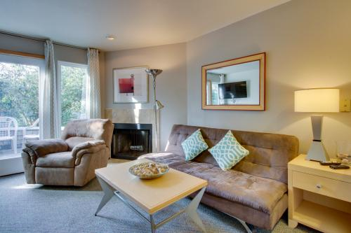 Beaches Inn | Pacific Surf Townhouse - Cannon Beach, OR Vacation Rental