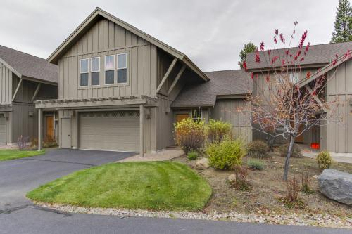 23 Fremont Crossing Sunriver -  Vacation Rental - Photo 1