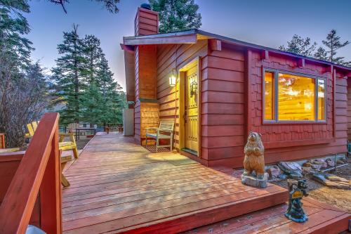 Shasta's Moon -  Vacation Rental - Photo 1