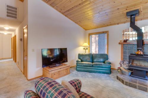 Tahoe Donner Mountain Retreat - Truckee, CA Vacation Rental