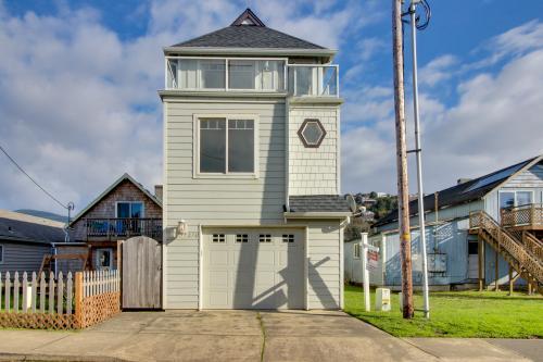 Your House at Rockaway Beach - Rockaway Beach, OR Vacation Rental