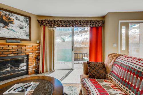 Bear Mountain Escape -  Vacation Rental - Photo 1