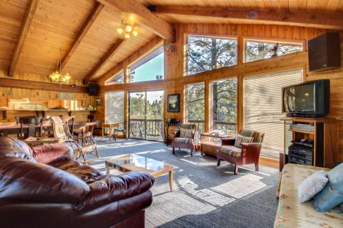 Revel Cabin on the South Fork of the Payette  - Garden Valley, ID Vacation Rental