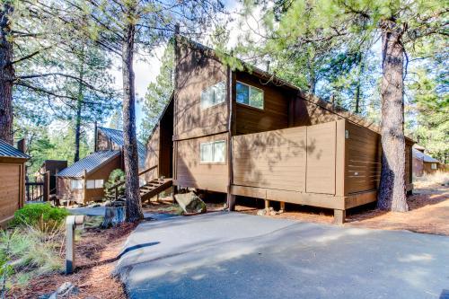 4 Polehouse Overlook Drive - Sunriver, OR Vacation Rental