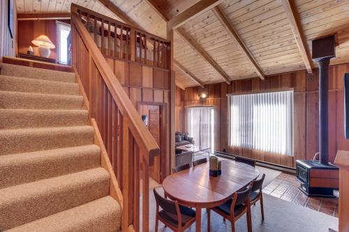 Squaw Peak Family Condo #1 -  Vacation Rental - Photo 1