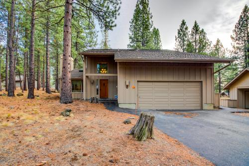 8 Lofty - Sunriver, OR Vacation Rental