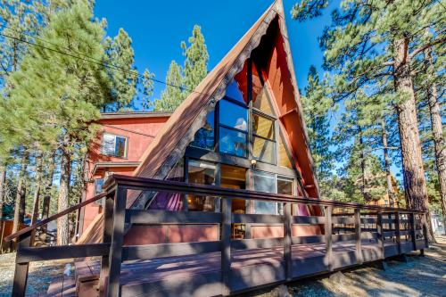 Bearpaw Cabin - Big Bear Lake, CA Vacation Rental