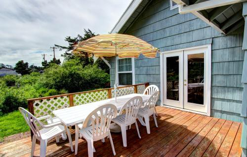 Cottage by the Sea - Rockaway Beach Vacation Rental