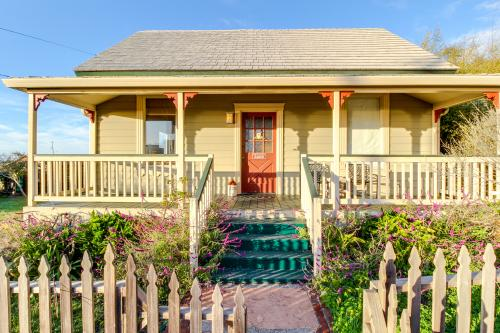 Victorian Dream - Westport, CA Vacation Rental