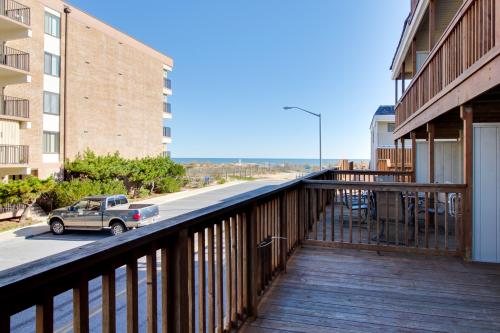 Beach Place North -  Vacation Rental - Photo 1
