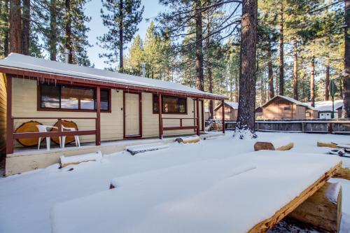 Emerald Bay Courtyard Cabins - South Lake Tahoe, CA Vacation Rental