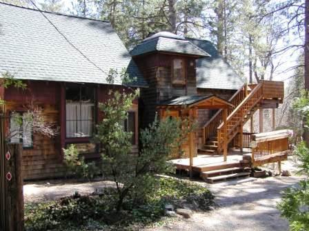 Hobbit House - Idyllwild, CA Vacation Rental