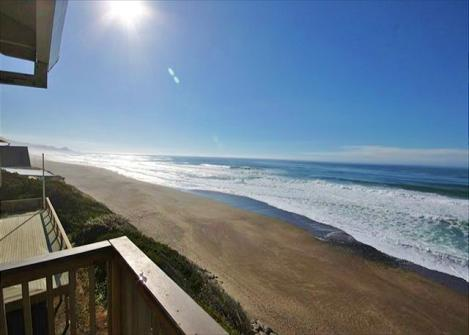 Neptune Beach Oceanfront Vacation Rental - Gleneden Beach Vacation Rental