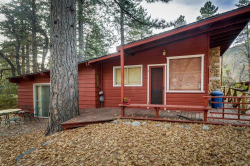 Lily Cottage - Idyllwild, CA Vacation Rental