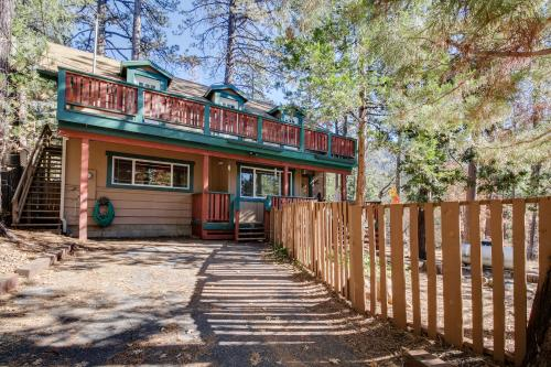 Daly's Tranquility - Idyllwild, CA Vacation Rental