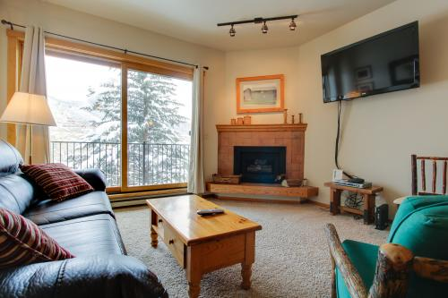 Slopeside at the Snowflower -  Vacation Rental - Photo 1