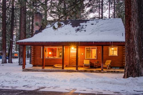 Rustic Tomahawk Cabin - South Lake Tahoe, CA Vacation Rental