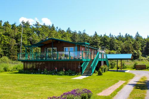 The Beach House on Lopez Island - Lopez Island, WA Vacation Rental