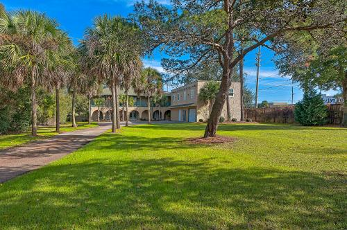 Miramar Beach Estate -  Vacation Rental - Photo 1