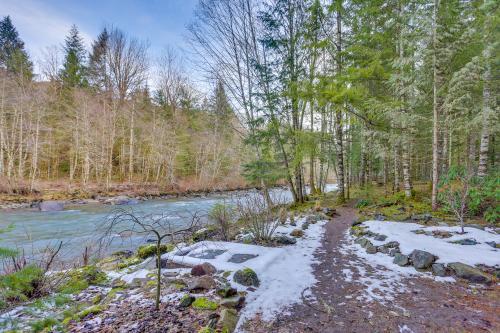 River's Edge Retreat -  Vacation Rental - Photo 1