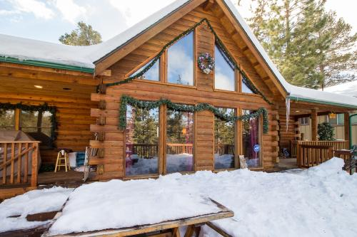 Deer Horn Lodge - Big Bear City, CA Vacation Rental