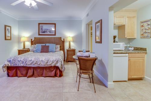Boardwalk 2212 Studio - Panama City Beach, FL Vacation Rental