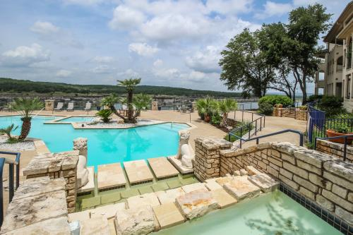 Seaside by the Lake - Lago Vista, TX Vacation Rental