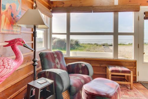 Li'l Pink House -  Vacation Rental - Photo 1