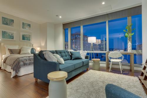 Park Avenue West 607: Bridgetown Beauty -  Vacation Rental - Photo 1