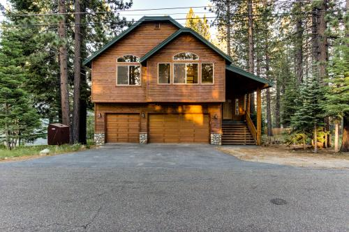 Dreamcatcher Lodge with Hot Tub! - South Lake Tahoe, CA Vacation Rental