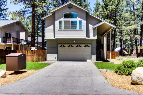 O'Malley's Getaway - South Lake Tahoe Vacation Rental