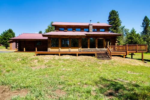 The Kearney Cabin -  Vacation Rental - Photo 1