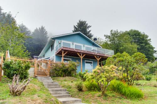 Blue Horizon with Ocean View - Yachats, OR Vacation Rental