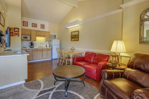 Downtown Retreat: Southern Serenity -  Vacation Rental - Photo 1