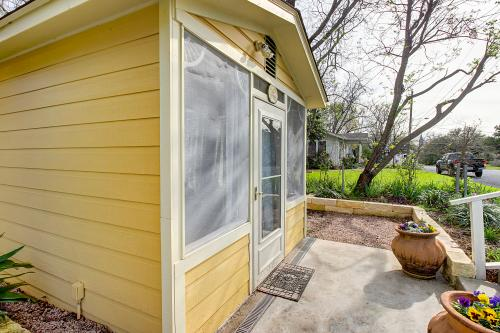 Across The Way: Arbor Cottage -  Vacation Rental - Photo 1