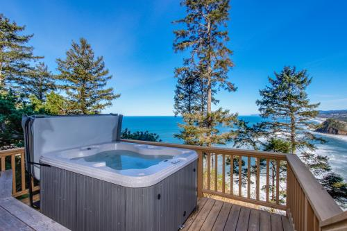 Eagle's View - Neskowin, OR Vacation Rental