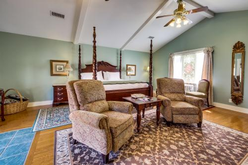 The Victorian Mansion: Carriage House -  Vacation Rental - Photo 1