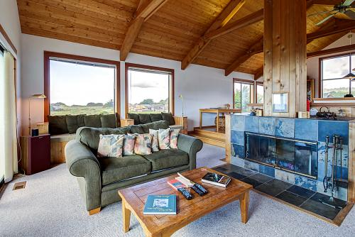 Ocean Song - Sea Ranch, CA Vacation Rental